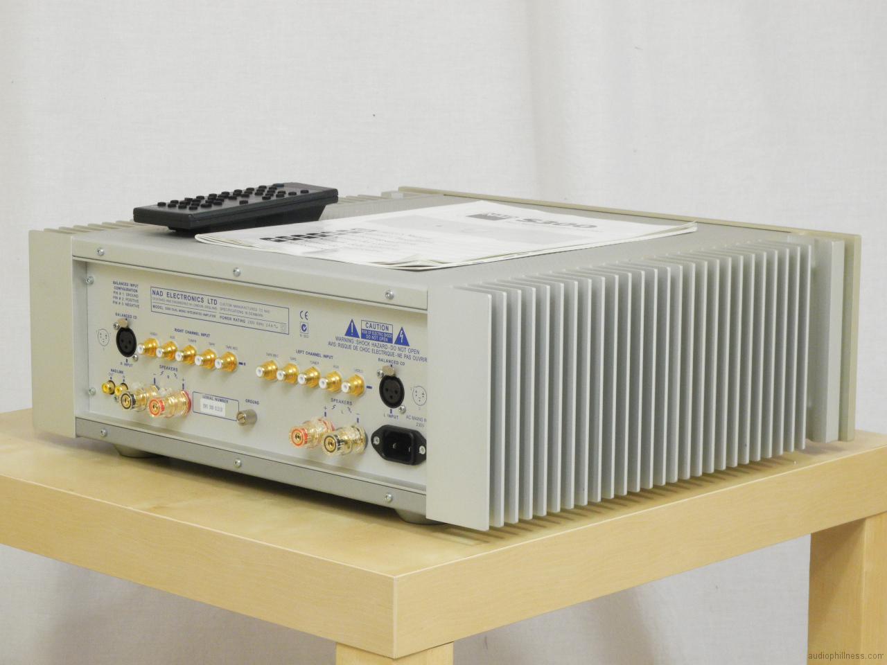 Nad 2200 Amplifier | Pics | Download |